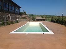 piscina_con_scala_romana_copertura